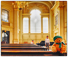Green Ted and the East Window, St Martin in the Fields