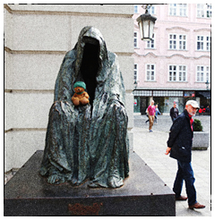 Green Ted and Cloak of Conscience (Commendatore), Prague