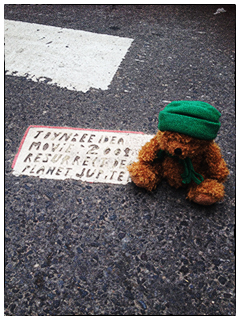 Green Bear and Toynbee Idea Tile